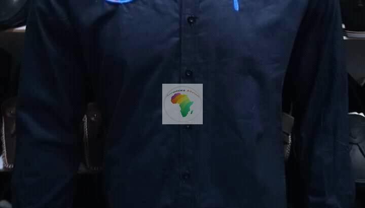 De Nouvelles Chemises pour les hommes
