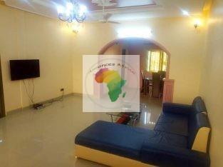 Villa de deux chambres salon meublé (équipe) Très propre pour vos courts et long séjour a Ouagadougo