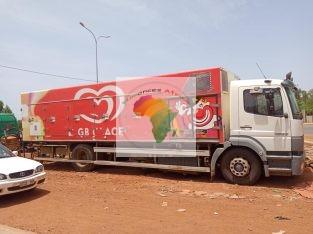 DES camions en vente