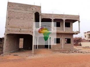 Villa duplex en finition à vendre à Niamacoro Courani