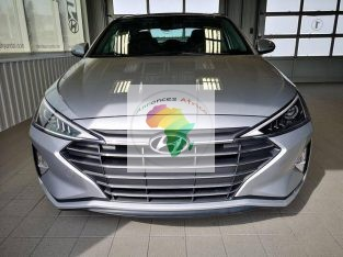 Hyundai Elantra, Preffered, Automatique, Essence, 4Cyl, Caméra de recul, Super propre 2020
