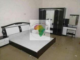 Chambre a coucher complet et fauteuil marocain