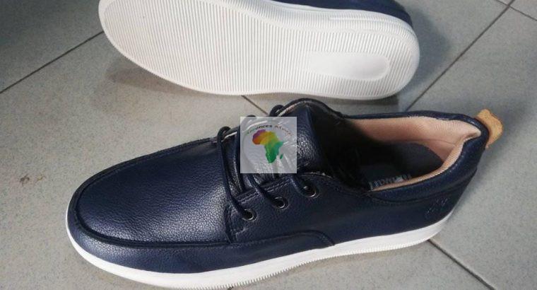 Des chaussures de bonne qualité disponibles