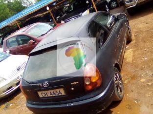 Toyota Eto'o nouveau Essence manuelle climatisé